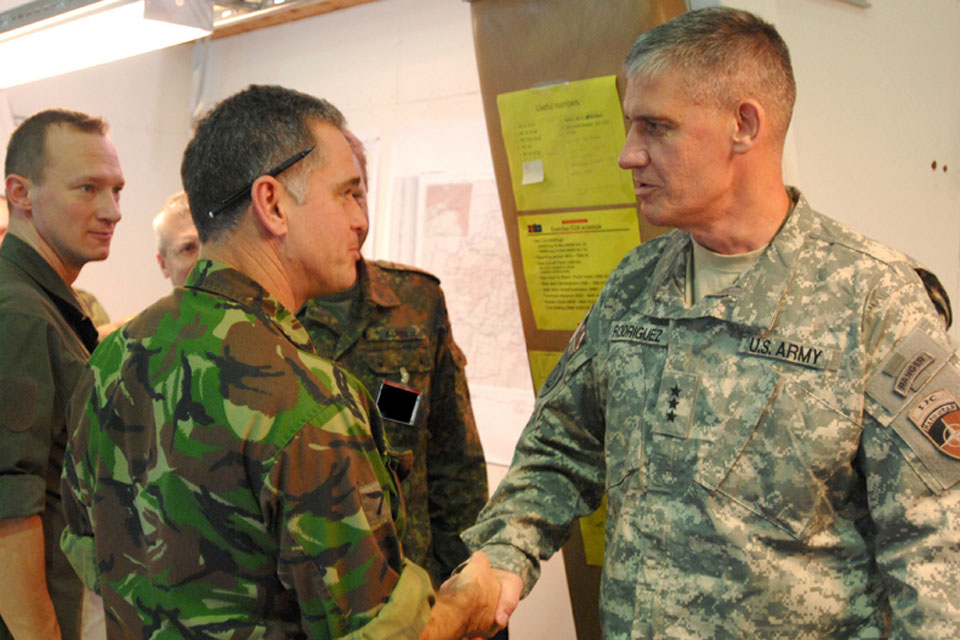 Lieutenant Colonel Gavin O'Keeffe, Chief of Operations at the Combined Joint Operations Centre, meets Lieutenant General David Rodriguez, Commander ISAF Joint Command