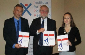 Hopwood, director IPPR, Hon Schlettwein, Minister MTI, HE Young, High Commissioner