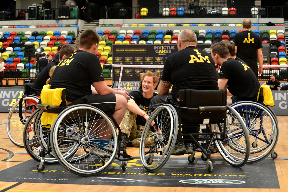 Prince Harry meets wounded service personnel
