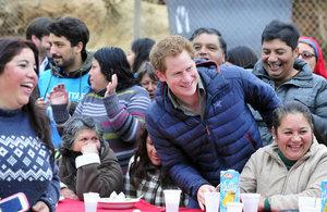 Prince Harry with 'Cerro La Cruz' community.