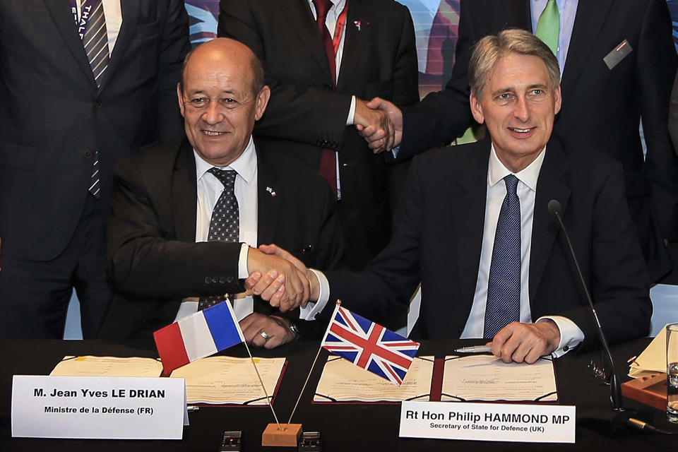 Jean-Yves Le Drian and Philip Hammond