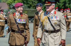 Major General James Chiswell, General Officer Commanding 1st (UK) Division, and General Sir Peter Wall, Chief of the General Staff [Picture: Staff Sergeant Mark Nesbit RLC, Crown copyright]
