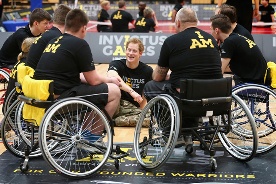 Prince Harry with Invictus Games competitors