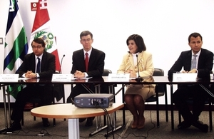 HMA James Dauris (second from left), present at the opening of the CAF-BE Lima-ProInversión seminar.