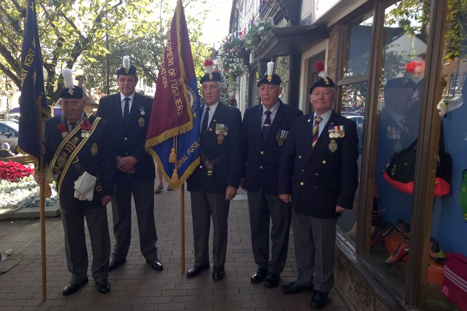 Royal fusiliers getting ready to honour Sidney