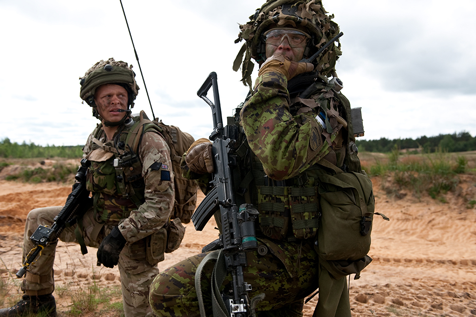 British and Estonian soldiers