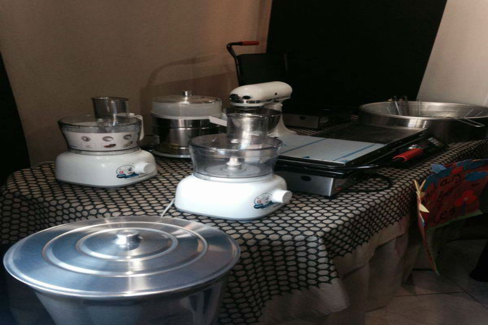 "The kitchen equipment that was donated to ""Foundation Niño Divino Jesús"""