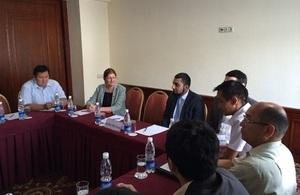 Sheikh Bilal Khan speaks before the Association of Young Entrepreneurs