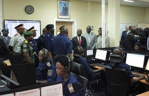 DRC Prime Minister Matata Ponyo visits the newly opened Police toll-free '112' emergency number call centre.