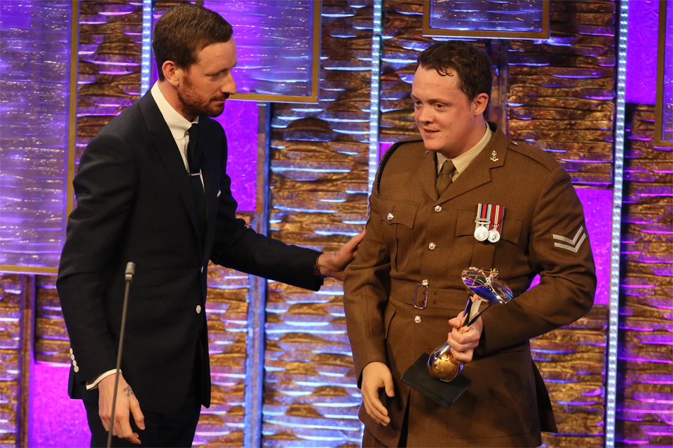 Sir Bradley Wiggins and Corporal Josh Boggi