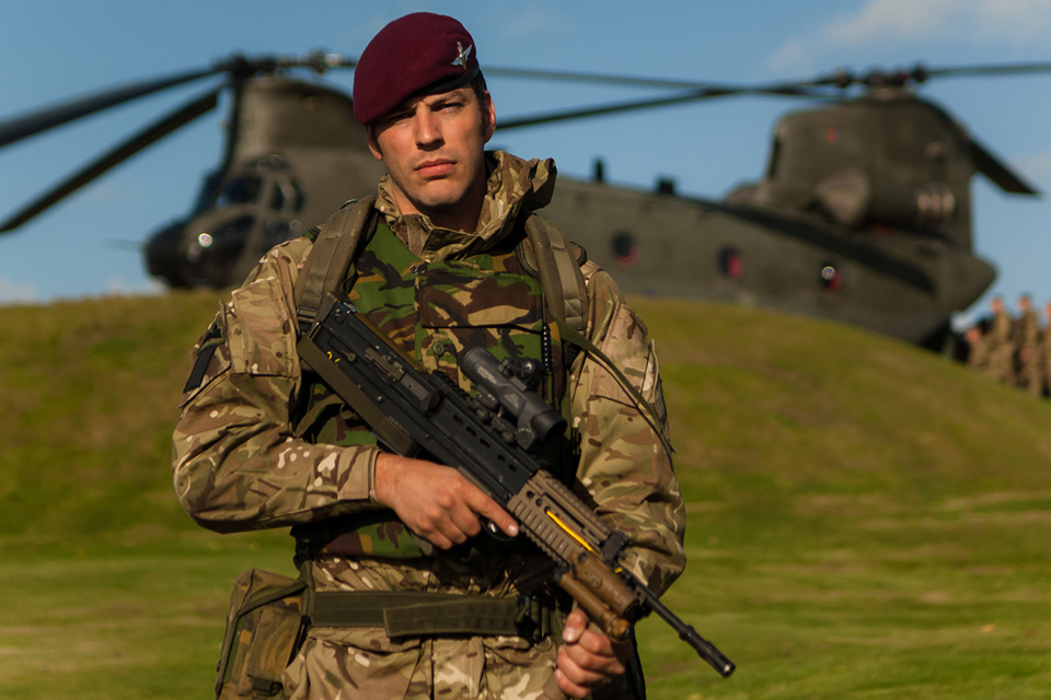 A paratrooper from B Company, 4th Battalion The Parachute Regiment
