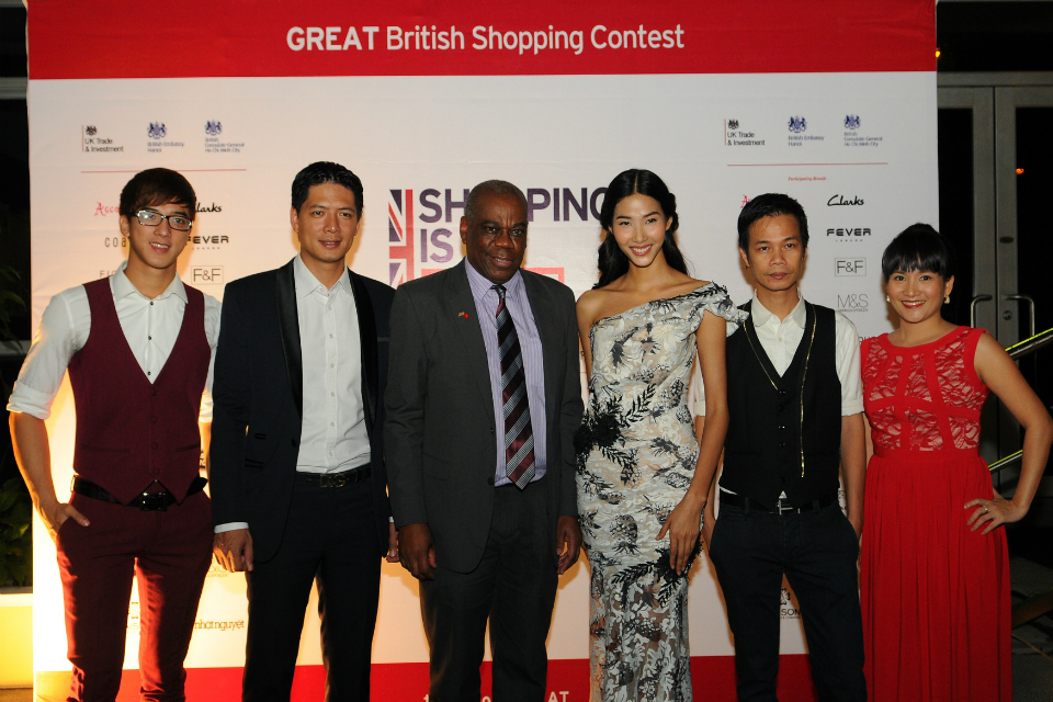Douglas Barnes (middle) at the Fit for Fashion launch