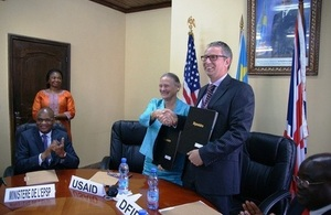 USAID and UK aid signed a partnership for primary education in the DRC