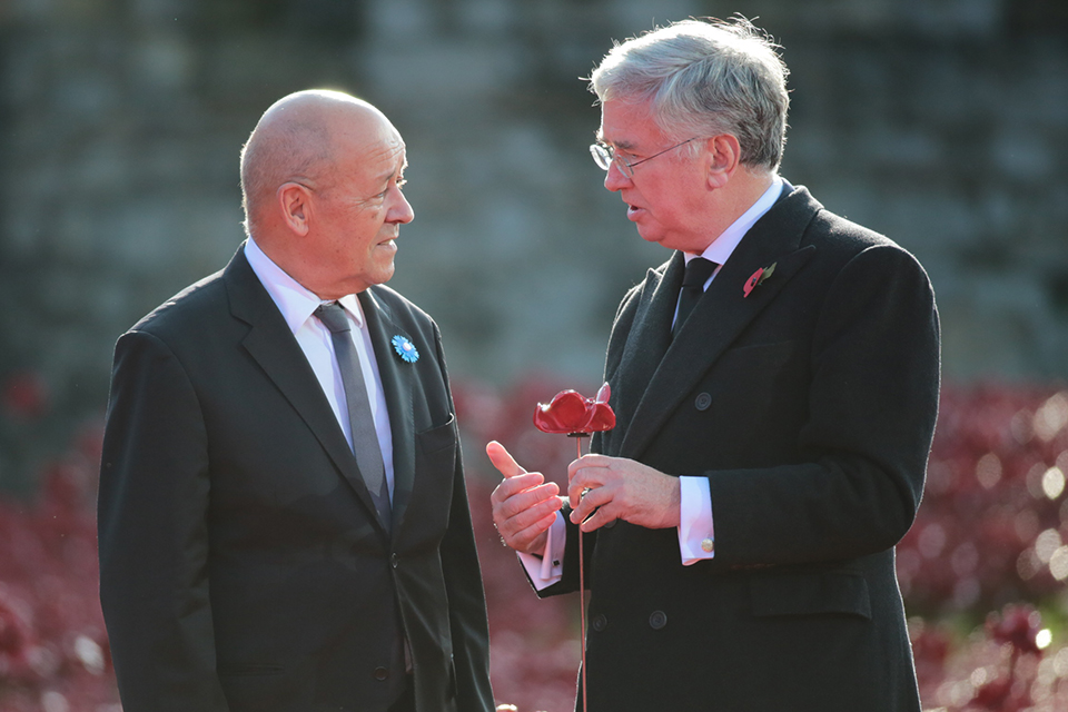 French Defence Minister Jean-Yves le Drian and Defence Secretary Michael Fallon
