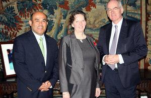 Ambassador Fiona Clouder with Fernando Nilo and John Elkington.