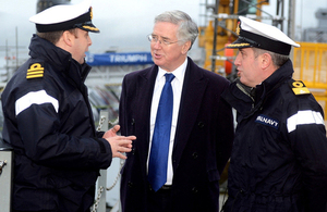 Defence Secretary Michael Fallon meets submariners from HMS Triumph [Picture: Chief Petty Officer Airman (Photographer) Thomas McDonald, Crown copyright]