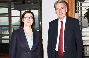 Ambassador Sarah Price and Foreign Secretary Philip Hammond.