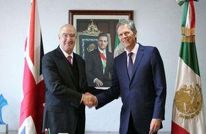 Secretario del Medio Ambiente Juan José Guerra Abud y Embajador Duncan Taylor
