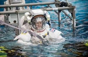 Tim Peake, spacewalk training.