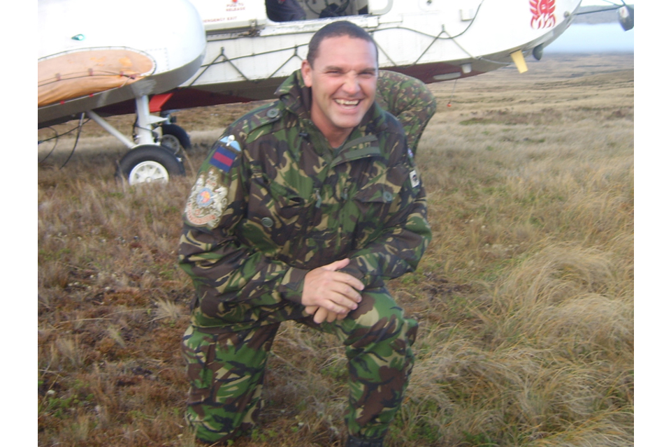 Warrant Officer Class 1 (Regimental Sergeant Major) Darren Chant (All rights reserved.)