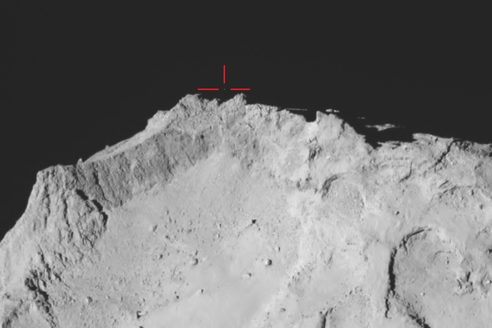 OSIRIS wide-angle view of comet 67P.