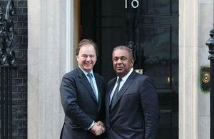 Hugo Swire with Sri Lankan Foreign Minister Mangala Samaraweera