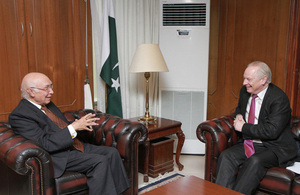 UK Minister visits Pakistan for talks on Government efficiency, reform and transparency agenda