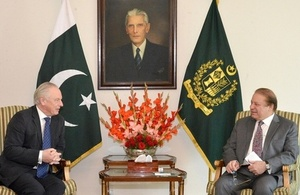UK Minister meets Prime Minister of Pakistan