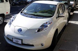 Nissan lLeaf