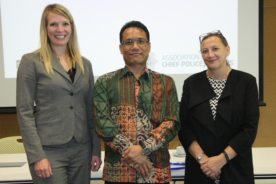 NCA Int. Liaison for SEA Stephanie McCourt, Indonesian Police Commissioner Agung Yudha Wibowo Deputy British Ambassador Juliet Maric