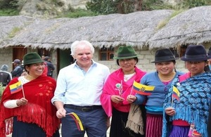Ambassador Patrick Mullee, Ma. Verónica Cepeda, Environment Director of the Province of Cotopaxi and Manuel Latacunga, Quilotoa Community President