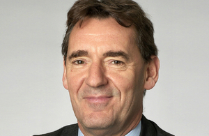 International economist Jim O'Neill is visiting China in late March in his role as Chairman of the Review on Antimicrobial Resistance (AMR).