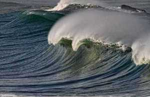 Picture of a wave breaking
