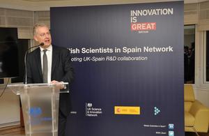 Fuerte impulso a la colaboración científica Reino Unido-España