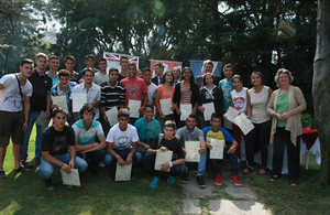 Uruguayan athletes receive English language certificates
