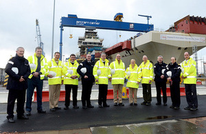 Senior members of the US Navy and US Marine Corps visiting HMS Queen Elizabeth