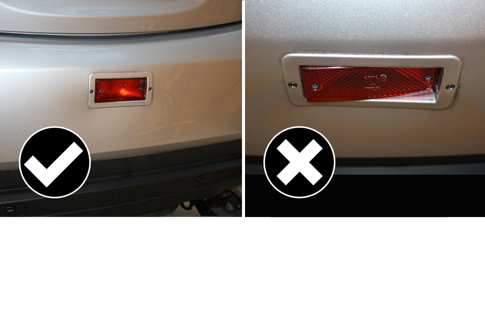 Example of a correct and incorrect rear fog lamp fitting.