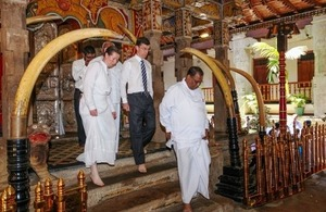 British High Commissioner paid his respects at the Sacred Temple of the Tooth