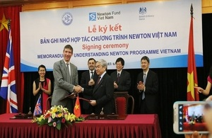 A Memorandum of Understanding on the Newton Programme Vietnam was signed in Hanoi on 3 June 2015 by British Ambassador to Vietnam Giles Lever and Minister of Science and Technology of Vietnam Nguyen Quan