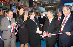 Ambassador Fiona Clouder at the inauguration of the British Pavilion in Exponor.