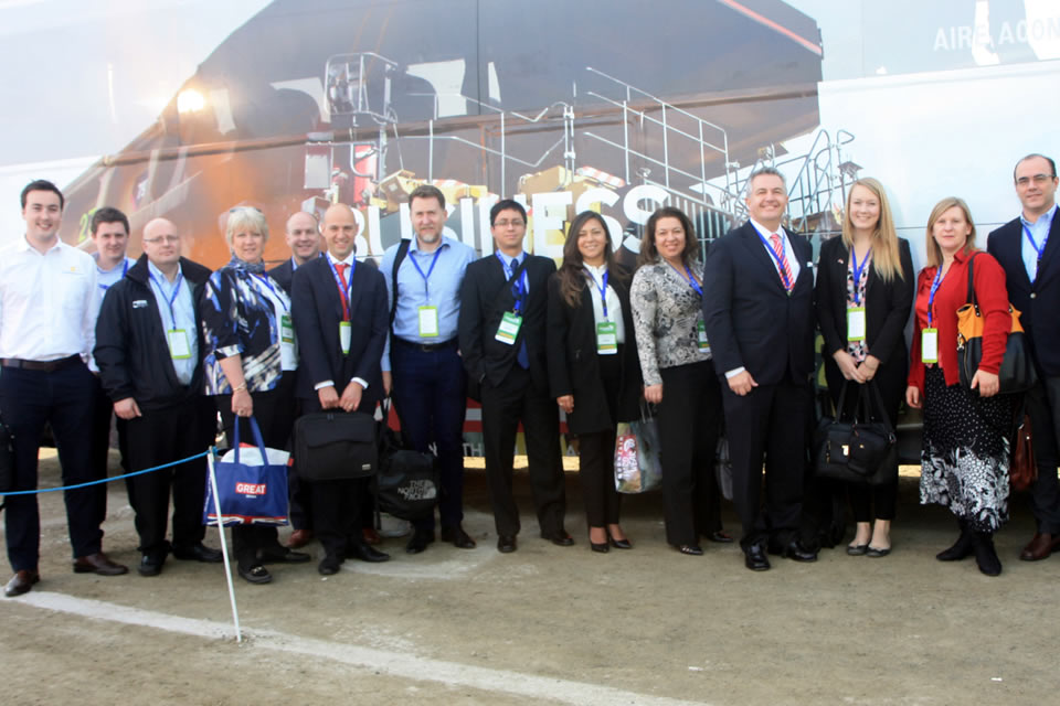 UKTI Chile Team and members of British companies.