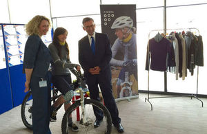 Scotland Office Minister Andrew Dunlop with Scottish cycling gear company Findra