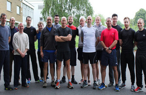 DCC Simon Chesterman with other runners at the beginning of the challenge