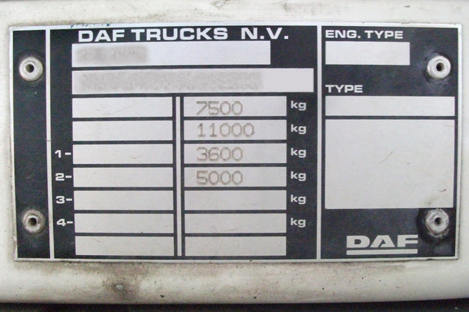 An example of a stage one plate that lists the weights in the order that legislation requires.