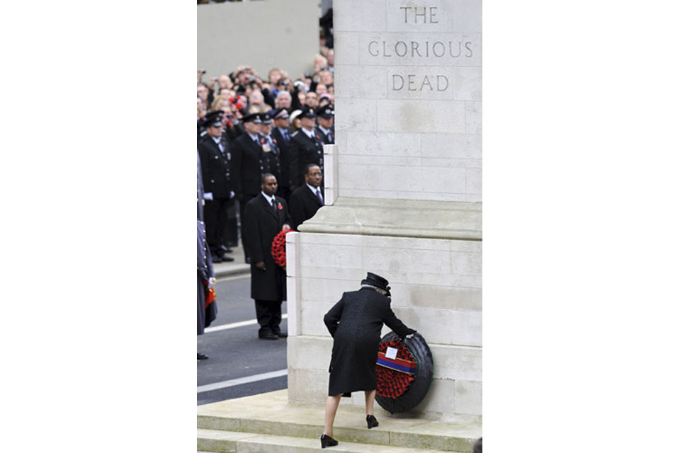 The Queen lays a wreath at the Cenotaph in London