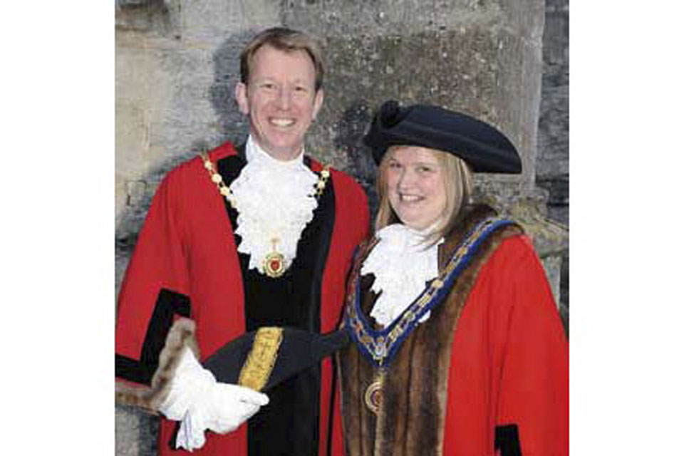 Mary Champion (right) in full mayoral regalia  [Picture: via MOD]