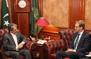 British Minister's visit to Pakistan