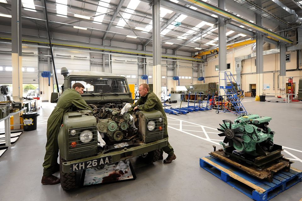 Soldiers working on military vehicles in new workshops at MOD Stafford. Photo courtesy of Express and Star.