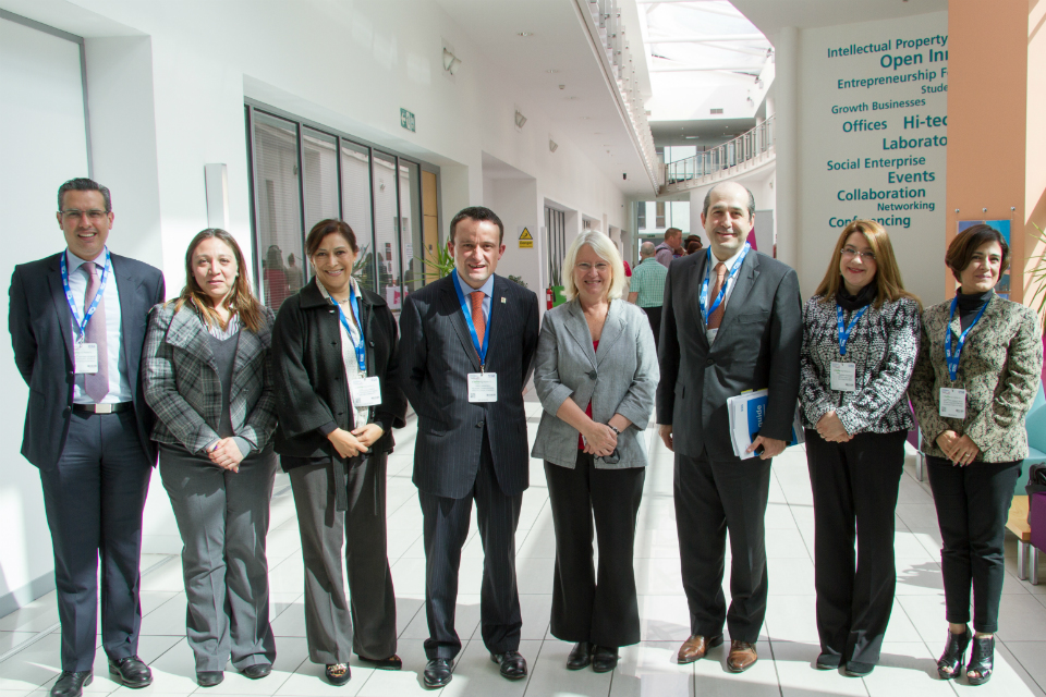 Prof Gillian Wallis with the Mexican delegation at Manchester Innovation Cent