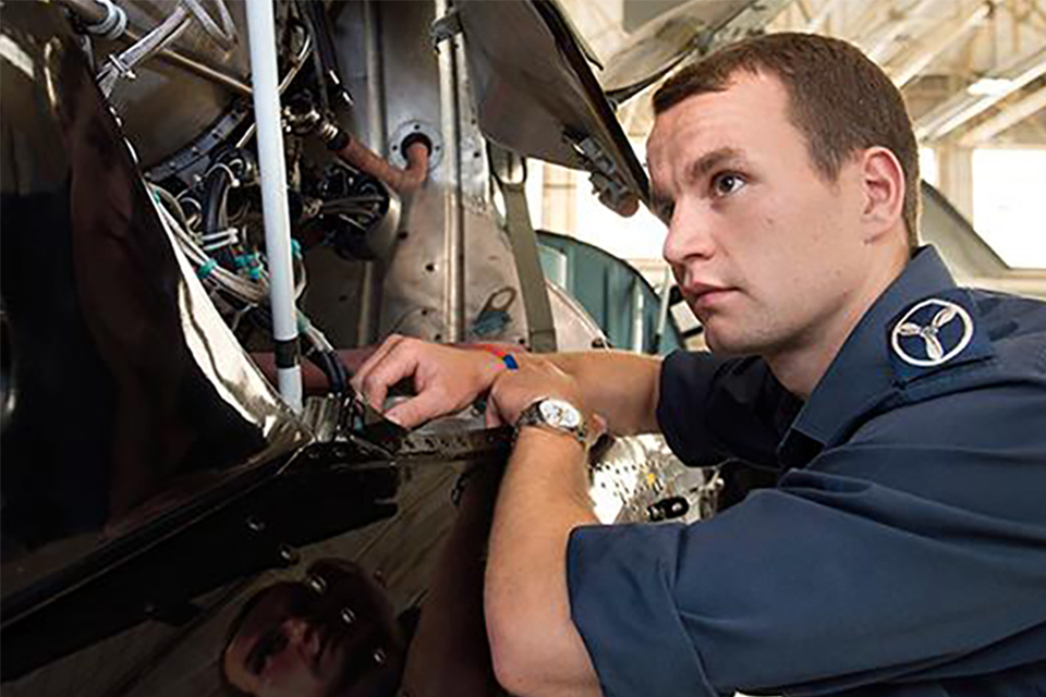 The British Army, Royal Air Force and Dstl make the Top Apprenticeship Careers list - News ...